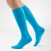 bauerfeind-compression-run-walk-blauw